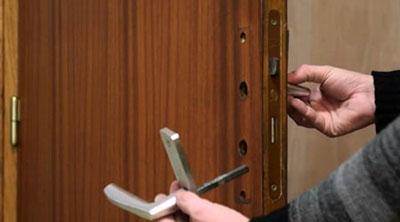 serrurier 78 ouverture de porte 19 ttc d pannage 24 24 7 7. Black Bedroom Furniture Sets. Home Design Ideas
